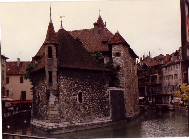 The canal gatekeep in Annecy 1987